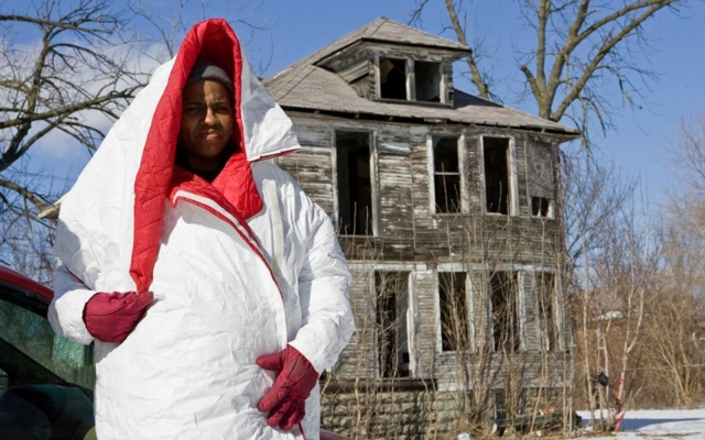 She Creates Coats That Turn Into Sleeping Bags – and Hires Homeless to Make Them