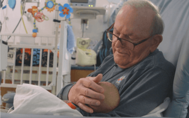 """""""ICU Grandpa"""" Gives Love to Premature Babies When Parents Can't"""