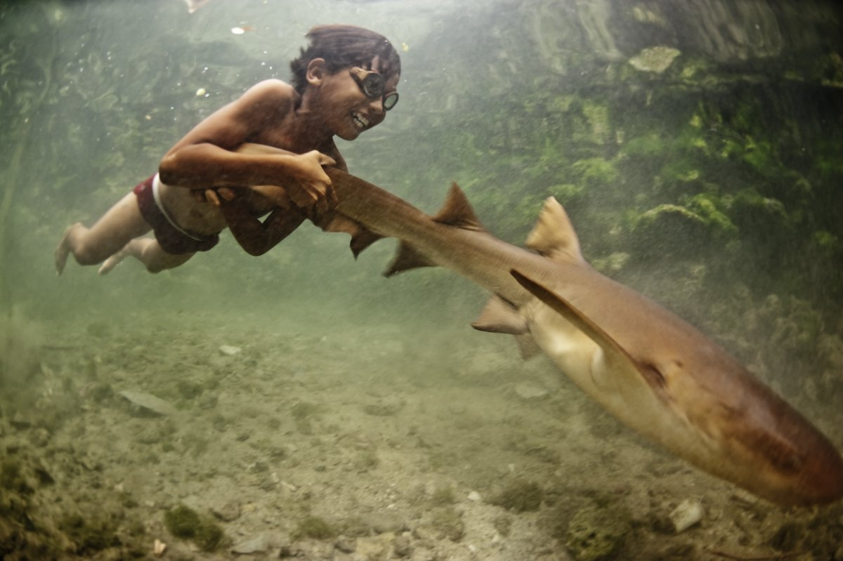 Tribe's Kids Can Literally Swim Underwater Like Mermaids & See Like Dolphins